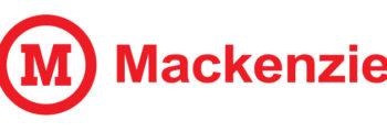 Início da Graduação em Adm. de Empresas no Mackenzie